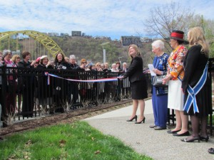 Fort Pitt Society President, Elizabeth Wheatley, cuts the ribbon to formally open the Edith Ammon Memorial Garden on April 24, 2014. Photo credit: Fort Pitt Society